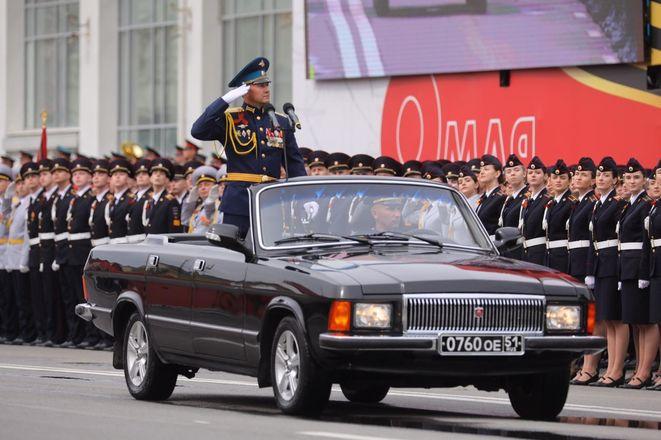 Парад Победы проходит в Нижнем Новгороде - фото 1