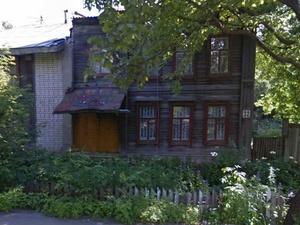 Аварийный дом на улице Большой Перекрестной в центре Нижнего Новгорода снесут